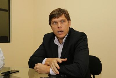 """Brunetti: """"La decisión de involucrarme en política y poder aportar al Paraguay dentro de mi partido, está tomada"""""""