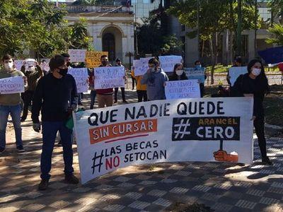 Universitarios piden a Diputados celeridad en proyecto de arancel cero