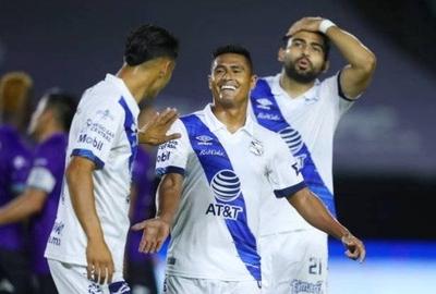 HOY / Osvaldo Martínez anota en el estreno del Puebla