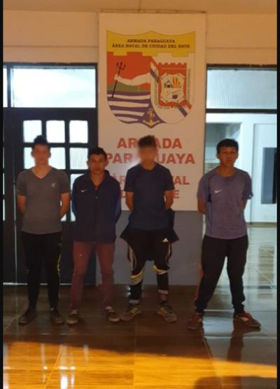 Cuatro detenidos cuando pasaban mercaderías
