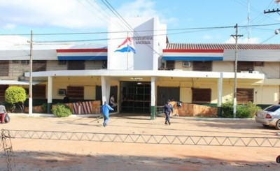 Dos casos de covid positivos en Tacumbú obligan a suspender visitas