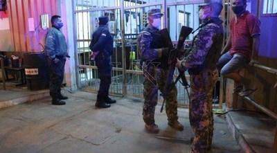 Tras brote de Covid-19 en Tacumbú, suspenden visitas a reos por dos semanas