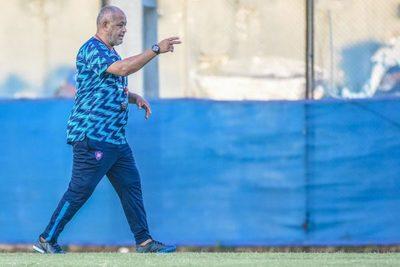 Chiqui Arce espera que Cerro pueda crecer futbolísticamente · Radio Monumental 1080 AM