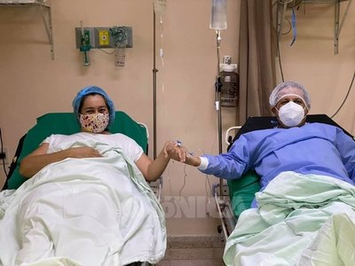 UN GRAN GESTO DE AMOR: Le donó su riñón a su esposo y él volvió a nacer