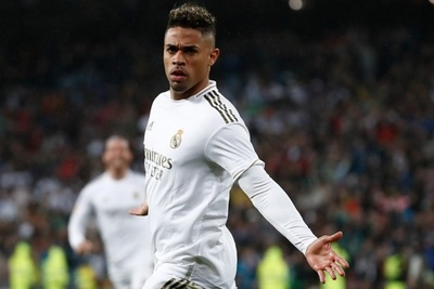 Delantero del Real Madrid dio positivo a Covid-19