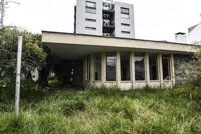 """Venezuela denunciará ante ONU """"saqueo"""" de su consulado en Bogotá"""