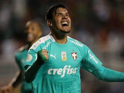 Gustavo Gómez renovó con Palmeiras