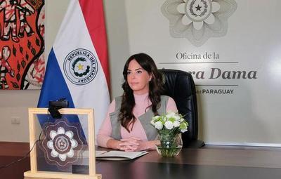 Primera Dama conducirá programa de TV para emprendedores