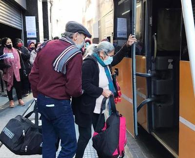 Repatrian desde Buenos Aires a adultos mayores • Luque Noticias