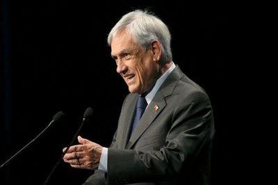 Piñera remueve a ministro del Interior y Canciller en amplio cambio de gabinete tras meses de crisis