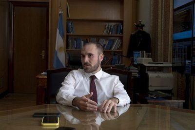 Argentina busca programa con FMI más allá de resultado de deuda