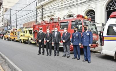 HOY / Gobierno de Japón realiza importante donativo a bomberos voluntarios