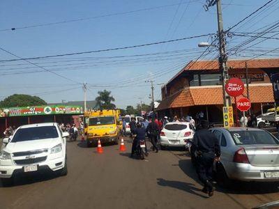 Motociclista falleció tras impactar contra un camión en Amambay