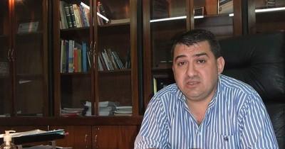 Conformarán comisión para analizar el pedido de intervención a la gestión de Luis Yd