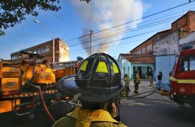 Japón donó insumos a los bomberos del Paraguay