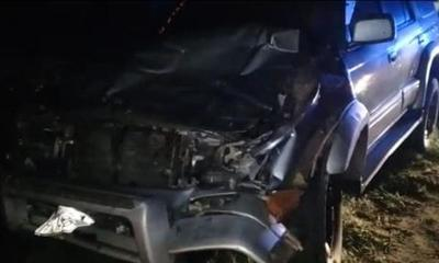 Agente de la Patrulla Caminera chocó contra una vaca en Coronel Oviedo – Prensa 5