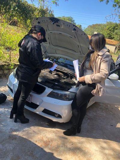 San Antonio: Recuperan lujosos vehículos resumiblemente robados en Brasil