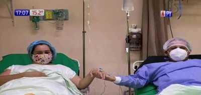 ¡En la salud y en la enfermedad! Esposa dona su riñón a su pareja