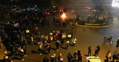 Esteños protestan en rechazo al retorno a cuarentena total
