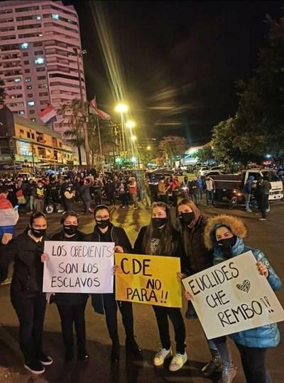 Heridos e incidentes graves y destrozos, saldo de manifestación