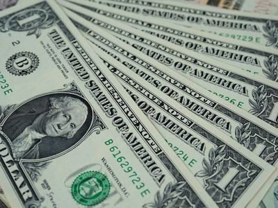 Suba actual del dólar no será presión para  inflación, según BCP