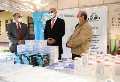 Itaipú entrega equipos de protección personal para USF de Concepción y San Pedro