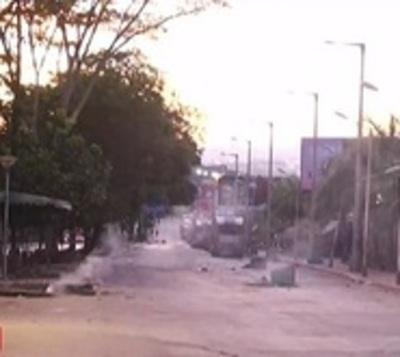 Comercios saqueados y calles destrozadas, el día después en CDE