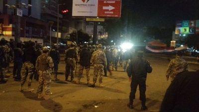 Manifestación en CDE deja casi 60 detenidos tras incidentes
