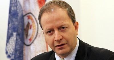"""""""Es imposible que el Estado pueda reemplazar el colapso que tuvo el sector privado"""", sostiene economista"""