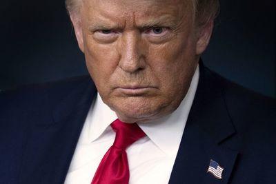 Trump esgrime potencial fraude y sugiere aplazamiento de elecciones en EE.UU.
