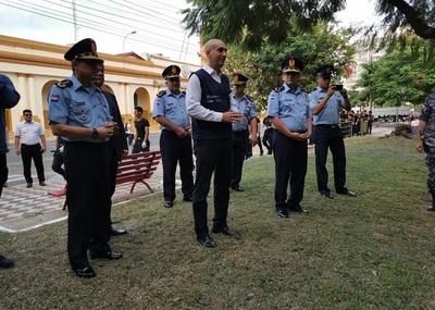 Policía se apresta para contener posibles hechos vandálicos en Asunción.