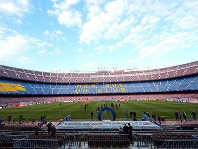 El Barça confía en que el partido ante el Nápoles se juegue en el Camp Nou