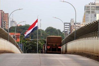 Paraguay y Brasil continúan diálogo para reactivar comercio en la frontera