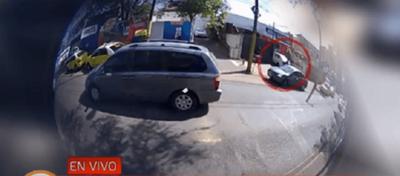 Simulan ser clientes para asaltar financiera en Asunción