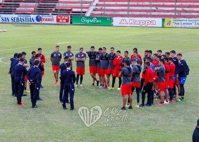El nuevo cuerpo técnico de San Lorenzo fue presentado al plantel