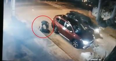 Video muestra violento secuestro express de empresaria