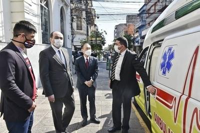 HOY / Municipios reciben ambulancias donadas por bomberos jubilados de Corea
