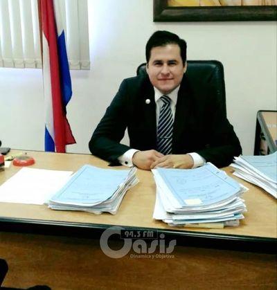 Juez de la Niñez de Pedro Juan es congratulado por la Junta Departamental