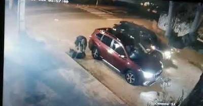 Secuestro exprés en barrio residencial