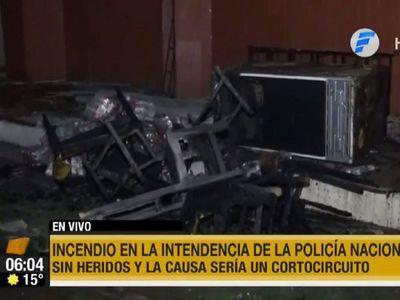 Intendencia de la policía se incendió: siete oficiales se salvaron
