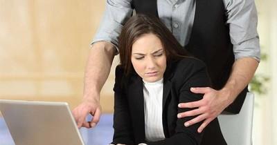 Denuncian aumento de casos de acoso a mujeres durante entrevistas laborales