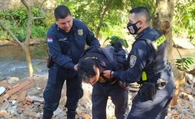 Asalto, persecución y aprehensión de un presunto asaltante