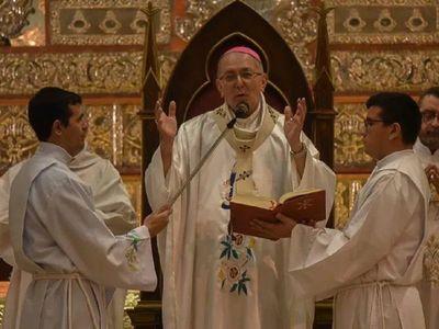 Acoso sexual: Monseñor Edmundo Valenzuela declaró en juicio contra sacerdote