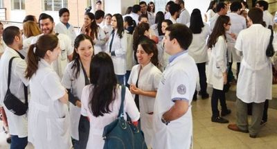 Personal de Salud pagado con fondos de otras instituciones pasarán a la nómina oficial del MSP