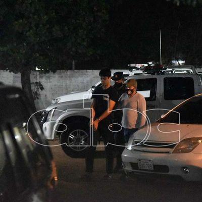Detienen a dos presuntos asaltantes luego de atraco a bus interno de Luque