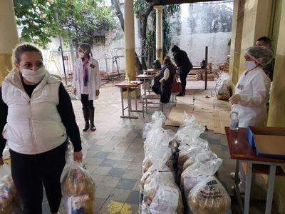 MEC culminó sexta entrega de alimentos en escuelas y colegios de Asunción