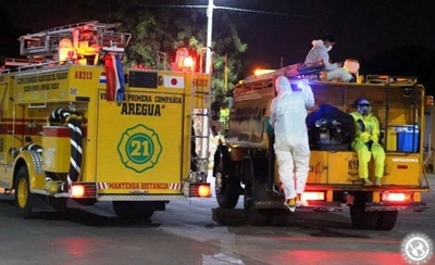 HOY /  Areguá: Tres bomberos van a cuarentena tras asistir a accidentado con Covid-19