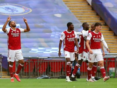 Un genial Aubameyang da el título de la FA Cup al Arsenal
