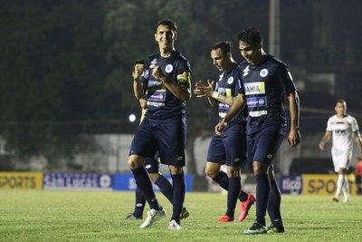 Zeballos hizo el 75% de los goles del '12' en el Apertura