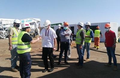 Presidente verificó inicio de obras en Aña Cuá y asfaltado, en Ayolas